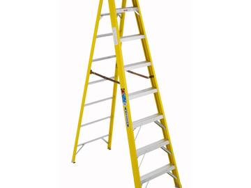 Rent: Werner 8 ft Fiberglass Step Ladder
