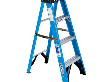 Rent: Werner 4 ft Fiberglass Step Ladder
