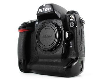 Rent: Nikon D2X