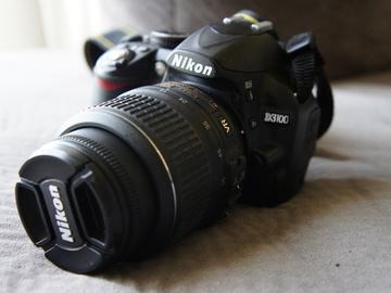 Rent: Nikon D3100