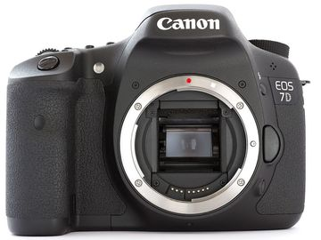 Rent: Canon 7D w/ Battery & Card Package