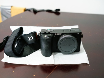 Rent: Sony A6500