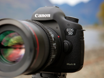 Rent: Canon EOS 5D Mark III WITH 3 LENSES