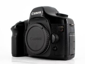 Rent: Canon EOS 5D