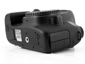 Rent: Canon EOS 6D
