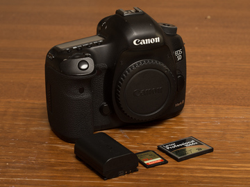 Rent: Canon EOS 5D Mark III