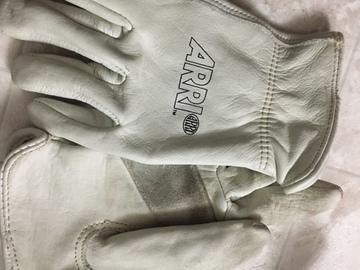 Rent: Arri Gloves