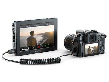 Rent: Blackmagic Video Assist 4K -4x Batts - 2x128GB +more in Peli