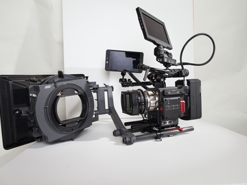 Rent: RED Weapon Helium 8K S35 (Carbon Fiber) Cinema Package