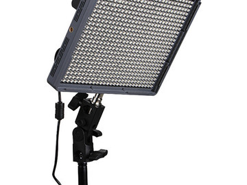 Rent: Aputure amaran 672 c LED + Stand