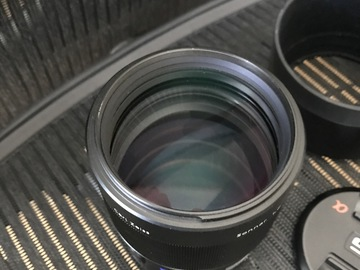 Sony Sonnar T* 135mm f/1.8 ZA Lens