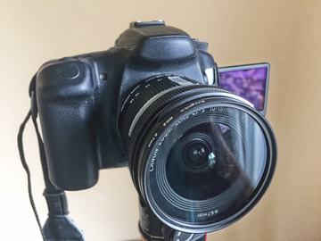 Rent: Canon 70D+2 Lenses+2 Batteries+2 UV Filters+SD Card