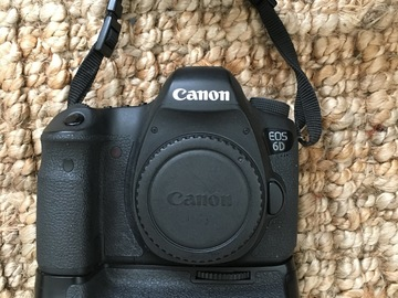 Canon EOS 6D body w/ battery grip, 2 batteries, 32gb SD card
