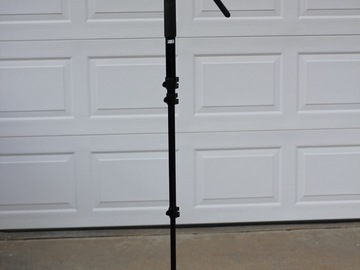 Rent: Manfrotto 561BHDV-1 Fluid Video Monopod and Head