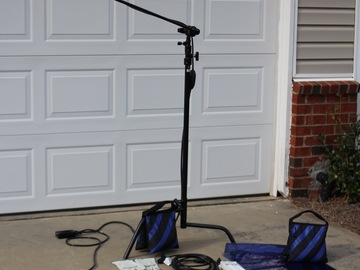 Rent: ARRI 150W Backlight kit (w/ stand, gels/diffusion + more)