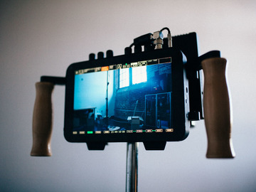 Rent: Director's Monitor TurnKey Solution Wireless Odyssey Teradek