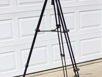 Rent: Manfrotto 701HDV head with MVT502AM Tripod System