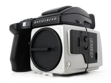 Rent: Hasselblad H5D-50c