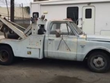 Rent: 1968 Chevy C30 Tow Truck