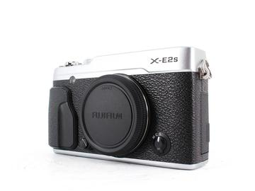 Rent: Fuji X-E2S