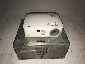 Rent: Video Projector NEC VT580