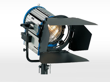 Rent:  Arri Junior 2K fresnel light