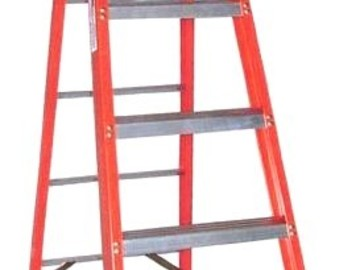 Rent: 6 ft.  Step Ladder