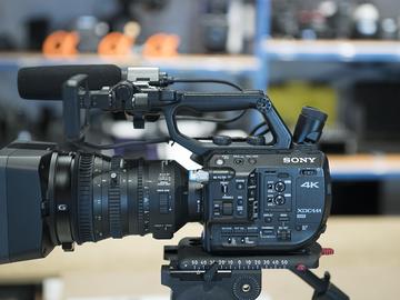 Rent: PXWFS5 Basic Kit w/ 18-110 Lens