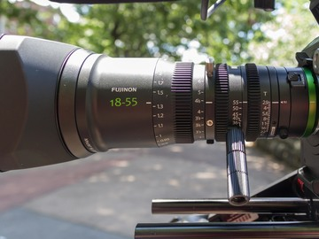 Rent:  MK 18-55 T2.9 Cinema Zoom Lens