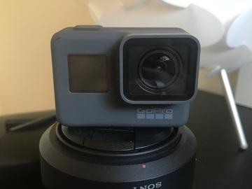 Rent: GoPro HERO5 Black with mounts