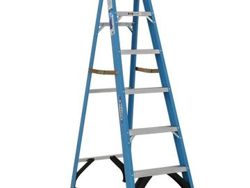 Rent: 6' fiberglass step ladder