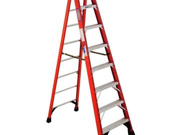 Rent: 8' fiberglass step ladder