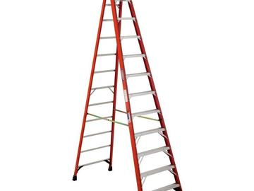 Rent: 12' fiberglass step ladder