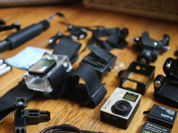 Rent: GoPro HERO4 Black SuperKit | Set