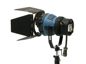 Rent: Arri 1200 Watt HMI Par