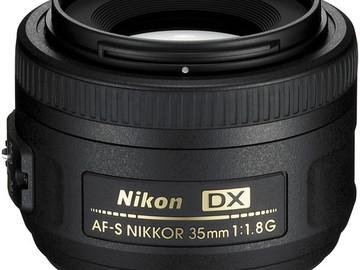 Nikon AF-S DX NIKKOR 35mm f/1.8G Lens with Auto Focus