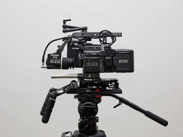 Rent: RED Weapon Helium 8K S35 w/ Tilta RED DSMC2 Cage