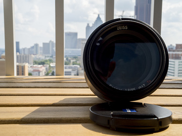 Rent: Zeiss Batis 85mm f/1.8 Lens for Sony E Mount