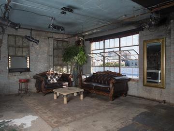 Rent: L.I.C.N.Y.  Production Studio