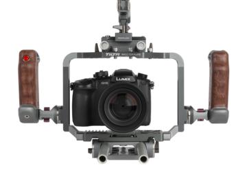 Rent: Pansonic GH5 with Tilta Rig, Mattebox & Small HD