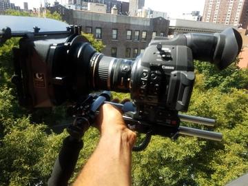 Rent: Canon C100 MKII kit 24-105  w arri base plate+grip relocator