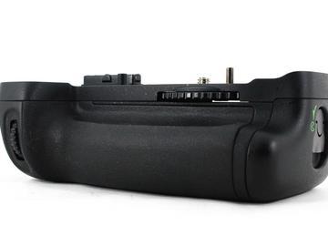Rent: Nikon MB-D14 Battery Grip for D600/610