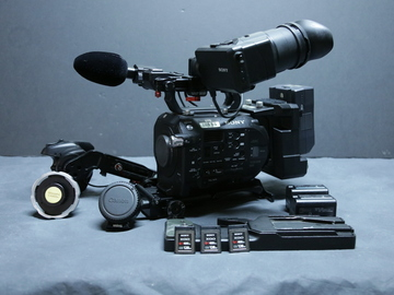 Rent: Sony PXW-FS7 XDCAM Super 35 Camera (1 of 2)