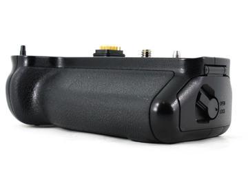 Rent: Panasonic Battery Grip DMW-BGGH3 (GH3 & GH4)