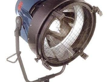 LTM 12k Par W/Electronic Ballast