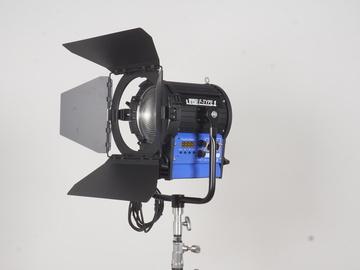 Rent: Cinemills LEDZ F-Type 1