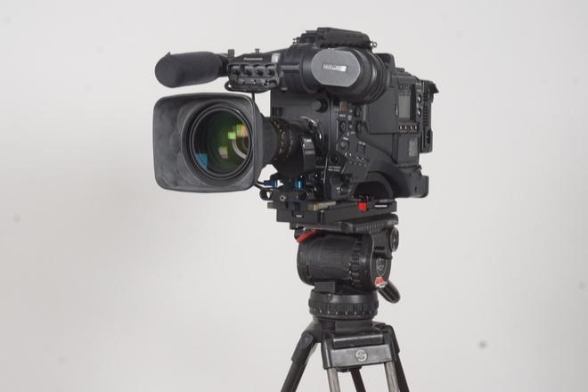 Panasonic VariCam AJ-HPX2700 P2 Camcorder (1 of 3)