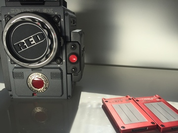 Rent: RED Scarlet-W 5K EF 1TB & 450TB MINI MAGS & 3 Batteries