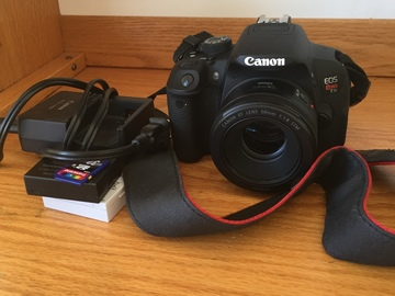 Rent: Canon Rebel T5i w/ 18-55mm Lens AND/OR 50mm lens (PACKAGE)