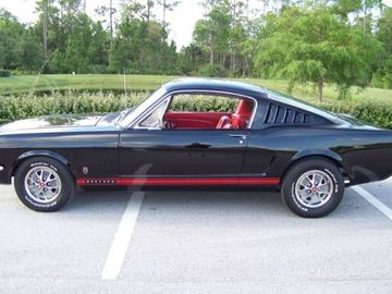 Rent: 1965 Ford Mustang Fastback